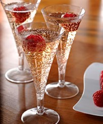 Glasses: Clear Plastic Mini Champagne Flutes - 71ml (20pk).